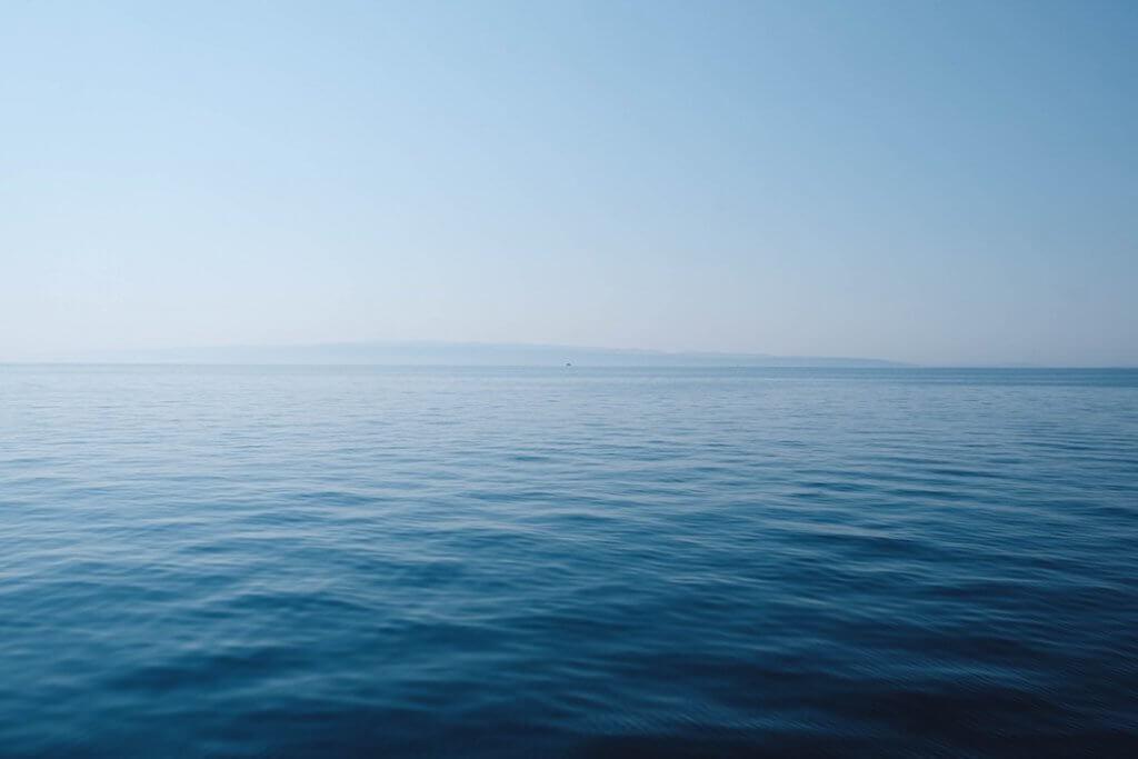 20代は、海の真ん中を漂っているような時期