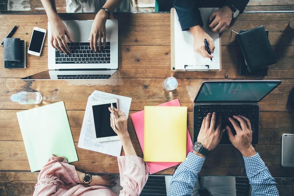 正社員を辞めたあと、すぐに別の会社で働きたい場合はどうすればいい?