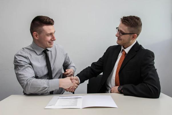 転職エージェントの併用で転職成功率が高まる理由